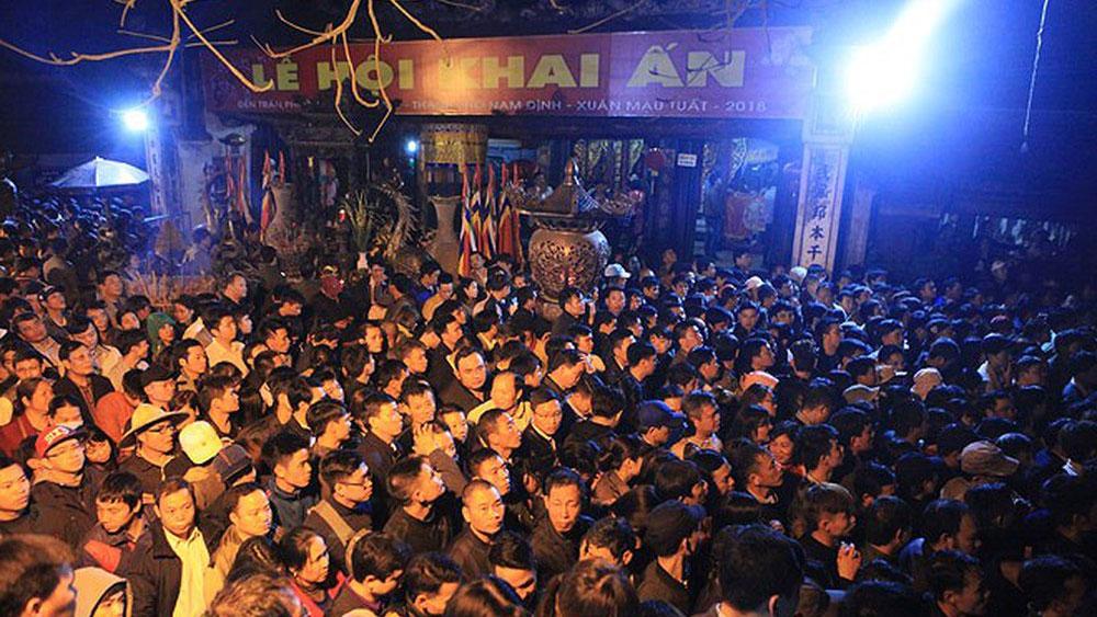 Sẽ không khôi phục phát ấn đền Trần vào lúc nửa đêm